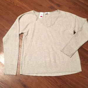 NWT Gap store grey sweater size Small